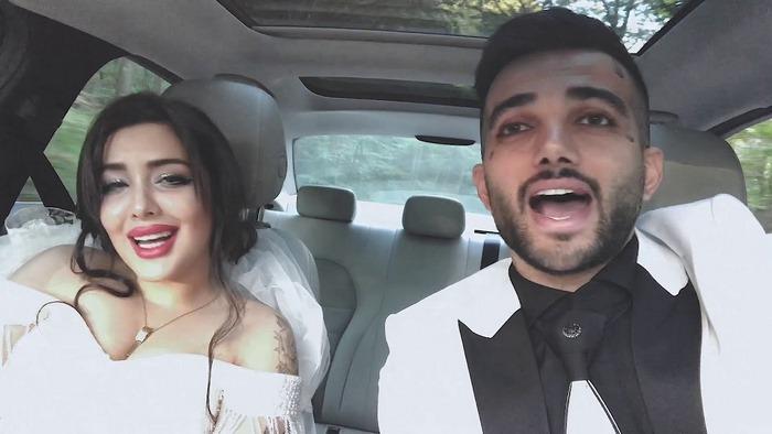 pooyanmokhtari 3 1 - بیوگرافی پویان مختاری خواننده و نیلی افشار همسرش
