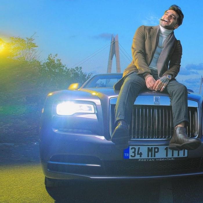 pooyn mokhtari Rolls Royce 02 1024x1024 1 - بازی انفجار حضرات بت پویان مختاری - ثبت نام و ورود به بازی