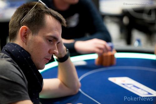 miki 2 1 - Mikita Bodziakouski بهترین بازیکن میز پوکر شرطی