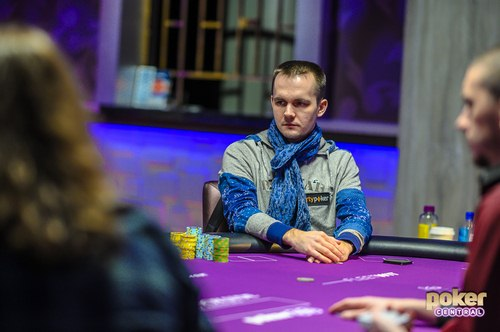 miki 6 3 - Mikita Bodziakouski بهترین بازیکن میز پوکر شرطی